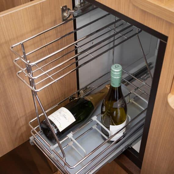 motorjacht Linssen 35 SL AC wijn kelder